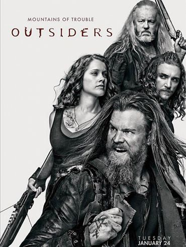 Изгои (2 сезон) / Outsiders (2017) WEB-DLRip